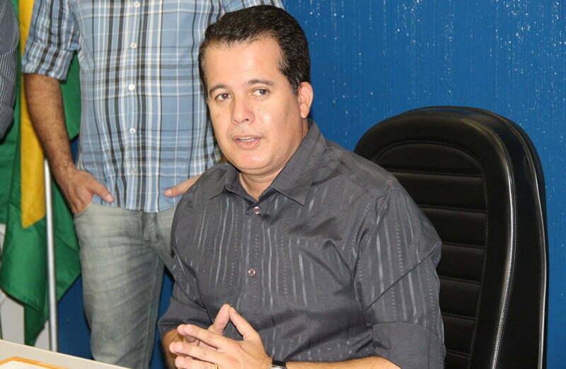 Resultado de imagem para prefeito Edson Vieira