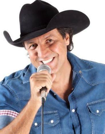 Cantor Sertanejo, Juliano Cezar morre em show no Paraná