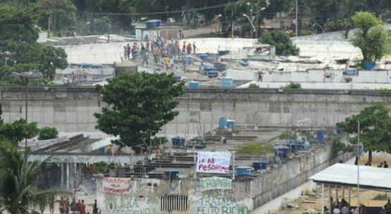 Briga no Complexo do Curado termina com 1 detento morto e 5 feridos